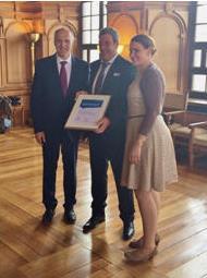 Qualität made in Augsburg : OB Dr. Kurt Gribl, Bernd Mayer, Eva Weber im Rathaus Augsburg